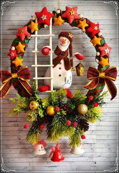 Купить Зажигаю фонари...звезды... (венок) - комбинированный, новый год 2016, венок новогодний, снеговик