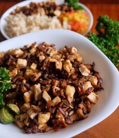16 Vegan Versions of Classic Filipino Dishes Tofu Recipes, Vegan Recipes Easy, Lunch Recipes, Vegetarian Recipes, Cooking Recipes, Cooking 101, Vegetarian Options, Easy Cooking, Summer Recipes