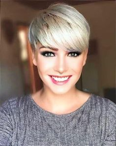Super Short Blonde Pixie Cuts - Love this Hair Blonde Pixie Haircut, Short Blonde Pixie, Short Grey Hair, Short Hair Cuts, Very Short Haircuts, Haircuts With Bangs, Cute Hairstyles For Short Hair, Pixie Hairstyles, Fashion Hairstyles