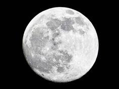 ¿Hay superluna en 2017? ¿Y eclipses de luna? ¿Cuándo será la próxima luna llena? Entérate de todo a través de nuestro calendario lunar de 2017.
