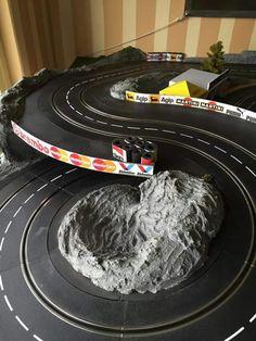 Pin by mantas miežinas on slot cars Slot Car Race Track, Slot Car Racing, Slot Car Tracks, Race Cars, Carrera Slot Cars, Scalextric Track, Little Big Planet, Mini 4wd, Slot Canyon