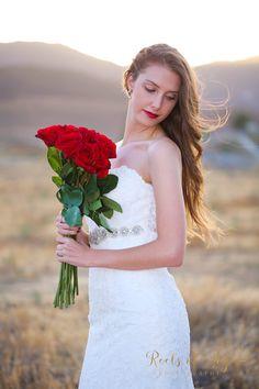 Joy, Wedding Dresses, Flowers, Photography, Fashion, Bride Dresses, Moda, Bridal Gowns, Photograph