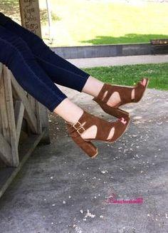 Arjen Taba Kalın Topuklu Ayakkabı