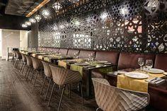 How to choose kitchen furniture ? Cafe Restaurant, Restaurant Design, Turkish Restaurant, Cafe Interior, Best Interior Design, Multipurpose Room, Commercial Design, Kitchen Furniture, House Styles