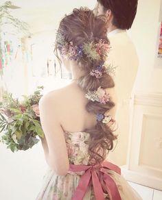 花嫁ヘアは【ポニーテール】で決まり!おしゃれなアレンジ15選 Bride Hairstyles, Pretty Hairstyles, Fairy Hairstyles, Aesthetic Hair, Different Hairstyles, Floral Hair, Flowers In Hair, Hair Looks, Bridal Hair