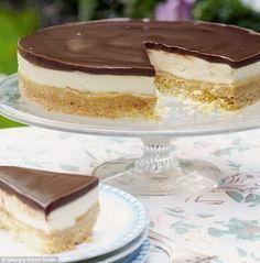 Mary Berry Millionaires Shortbread Cheesecake!