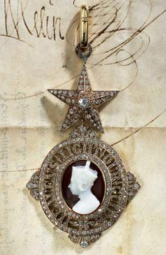 Order of the Star of India, G.C.S.I., Knight Grand Commander's sash badge.
