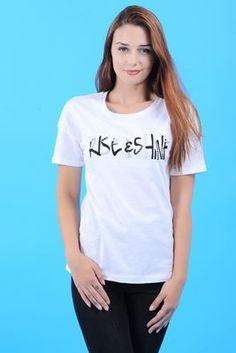 Detayları Göster Taş Yazılı Beyaz T-Shirt