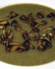 Crema di fagioli con funghi chiodini