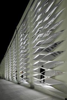 Temporary Structure On Miami Beach / Design Miami/ © Michael Stavaridis