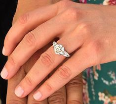 Princess Beatrice engagement ring. Celebrity Rings, Princess Beatrice, Wedding Rings, Engagement Rings, Jewels, Rings For Engagement, Jewelery, Commitment Rings, Anillo De Compromiso