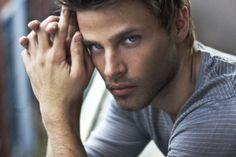 Avoiding Commitment- Jack...those blue eyes :)