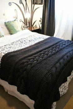 Decken häkeln auf dem bett nur eine farbe resized