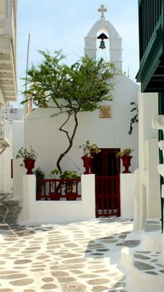 Chapel in Mykonos island, Cyclades, Greece Mykonos Town, Santorini Greece, Wonderful Places, Beautiful Places, Mykonos Island, Holiday Places, Greece Islands, Picture Postcards, Place Of Worship