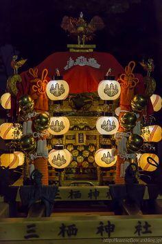三栖神社の炬火祭(きょっかさい)の続きです。2015年10月11日撮影。撮影、ほとんどがバンザイショットとなりまともな写真がありません。1.三栖神社 炬...