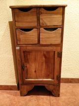 Mueble mexicano myoc medidas 49*26*91 son dos muebles interesados mandar mensages 135€ los dos