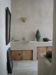 An Artists' Bath.. Venice. CA.. This home so incredible!! Luv <3