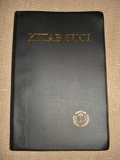 Bible In Javanese Formal Translation / Kitab Suci / spoken by Javanese people from the central and eastern parts of the island of Java, in Indonesia What Is Bible, Indonesian Language, Javanese, World Languages, Finding God, Foreign Language, Word Of God, Island
