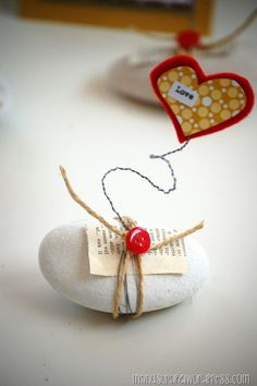 segnaposto matrimonio con cuore ❥Teresa Restegui http://www.pinterest.com/teretegui/❥