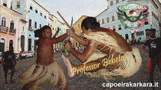 jogar capoeira e bater maculele by Capoeira Karkara Italia. Musica e Letra:
