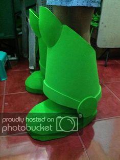 the RPF Buzz Lightyear boots Buzz Costume, Buzz Lightyear Halloween Costume, Toy Story Halloween Costume, Toy Story Costumes, Cool Costumes, Halloween Fun, Costume Ideas, Disfraz Buzz Lightyear, Peter Pan Costume Kids