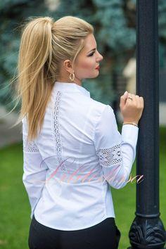 """Купить Рубашка с кружевными вставками белая. блузки и туники женские от """"LILITODESSA — интернет-магазин одежды оптом и в розницу"""" - 21121202"""