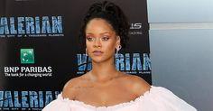 Na noite de segunda-feira (17/07), no TCL Chinese Theatre (Hollywood, Califórnia) todos os flashes se voltaram para ela, Rihanna.  Corre lá no Blog para conferir esse look e outras celebrities que estavam por lá.  #comfy #estilomasculino #blogueiro #instafashion #instablogger #cinema #modaparahomens #cbblogers #boanoite #boatarde #stylish #dapper #fashionblogger #fashionformen #fashionista #fashionmen #gentleman #bomdia #paraty #lifestyle #tumblrlife #modamasculina #mensfashion #menswear…