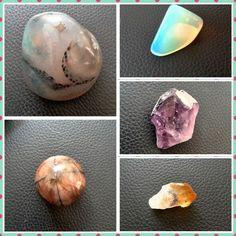 Hermosos regalos que llegan a mi vida, gracias Angelica y Kathe por conectarme con estos hermosos #cristales. #Quiastolita #Citrino # Ágata #Amatista #Opalina