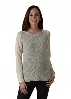 Mezcla Sweater - Three-quarter sleeve Sweater with a knitted pattern on the front placket and neat girdle sleeves (Composition: 100% Baby Alpaca)