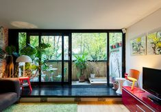 Modernist Heritage Duplex Home in London by Neave Brown | Wave Avenue