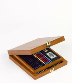 Derwent Watercolour Pencil Collection Wooden Box