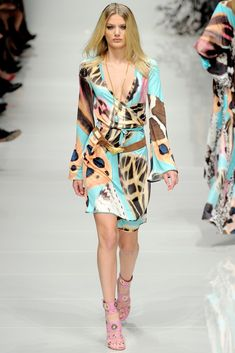 Blumarine Spring 2011 Ready-to-Wear Collection Photos - Vogue