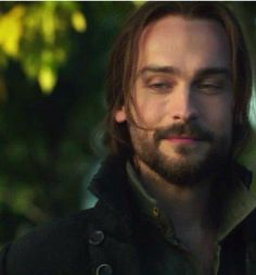 Tom Mison Sleepy Hollow Season 3 starts Oct.1, 2015 Thursday night   Fox