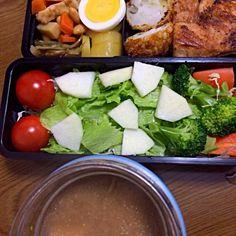 今朝はスープポットに豚汁!! 鮭のソテー、練りもの揚げ弁当(^o^)/ - 24件のもぐもぐ - 豚汁弁当!! by wildcatffm