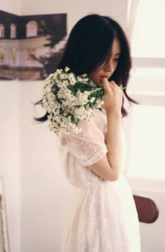 .pretty dress.