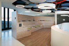 #easyCredit_de #TeamBank #Design #Innovative #officedesign #banking #newwork #zukunftderarbeit Work Life Balance, Office, Bathtub, Design, Architecture, Projects, House, Standing Bath, Bathtubs