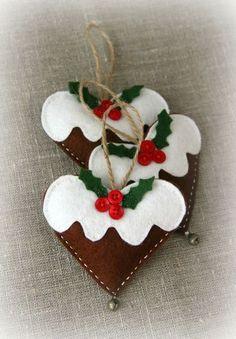 English Cottage - Plum Pudding Felt Ornament
