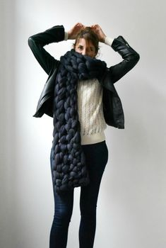 """Handmade Oversized Scarves & Chunky Blankets In love with knitting since my childhood, French boutique's, Un Long Dimanche's resident artist """"Elodie"""" has been knitting since childhood. The expert. Chunky Scarves, Chunky Yarn, Crochet Scarves, Knit Crochet, Knit Fashion, Fashion Outfits, Big Yarn, Chunky Knit Throw, Thick Yarn"""