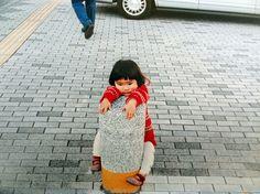 This kid looks like she's in adorable Struggle Town Mirai-chan by kotori kawashima 「未来ちゃん」 Cute Little Girls, Cute Kids, Cute Babies, Japanese Kids, Cute Japanese Girl, Adorable Petite Fille, Selling Photos, Asian Babies, Asian Child