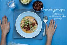 Cheeseburger-suppe - en suppe med hvidkål, der smager af cheeseburger, og som både børn og voksne guffer i sig! Opskrift her: Banting, Lchf, Keto, Cheese Burger, Slow Cooker, Food And Drink, Healthy Eating, Low Carb, Dinner