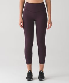 These medium-rise, cross-sport  crops have you covered in all  the right places. Lululemon but the muted blue!!!!!  Size 6