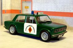 S&B sobre Scalexric Tecnitoys. SEAT 1430. Agrupación de Tráfico de la Guardia Civil. #slotcar