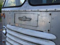 Olson-Grumman kurbside delivery truck