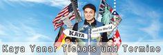 Kaya Yanar Tickets bieten Dir vielmehr als nur ein Comedian unter vielen. Der 1973 in Frankfurt geborene Kaya zeigt sich stets sehr facettenreich. Drei veröffentlichte CDs und 5 DVDs kannst du als Kaya Fan bereits kaufen und es wird noch erheblich besser: Er entwickelt auch regelmäßig neue Comedy-Programme mit denen er quer durch die Rebublik tourt...