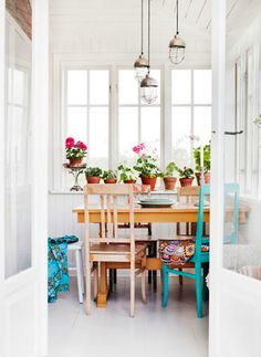 white dining room3