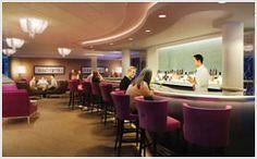 Shakers Cocktail Bar on board Norwegian Breakaway.