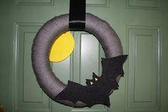 Boo!  Bat and Moon Wreath