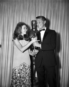 "Best Director Mike Nichols ""The Graduate"" 1967 with presenter Leslie Caron. Academy Award Winners, Oscar Winners, Academy Awards, Golden Age Of Hollywood, Classic Hollywood, Old Hollywood, Best Director, Film Director, Mike Nichols"