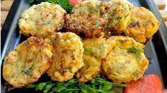 Κοινοποιήστε στο Facebook Από Σάμο !! Σε περίοδο νηστείας δεν βάζουμε αυγό και φέτα!! Υλικά 2 κολοκύθια μεγάλα 1 ξερό κρεμμύδι ψιλοκομμένο 3 φρέσκα κρεμμύδια ψιλοκομμένα 10 φυλλαράκι δυόσμος φρέσκο ψιλοκομμένος Αν δεν έχετε βάλτε ξερό 8 κλωναράκια μαϊντανό ψιλοκομμένο... Side Recipes, Greek Recipes, Other Recipes, Greece Food, Middle East Food, Greek Cooking, Greek Dishes, Canadian Food, Cooking Recipes