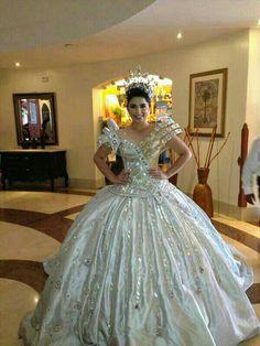 Reina del carnaval de Campeche 2013 CARLOS FLORES ALTA COSTURA